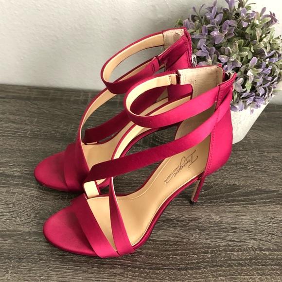 dc66b9451 Vince Camuto Shoes | Imagine Devin Sandal | Poshmark